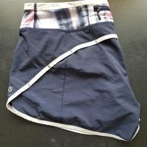 Lululemon groovy run shorts size 8